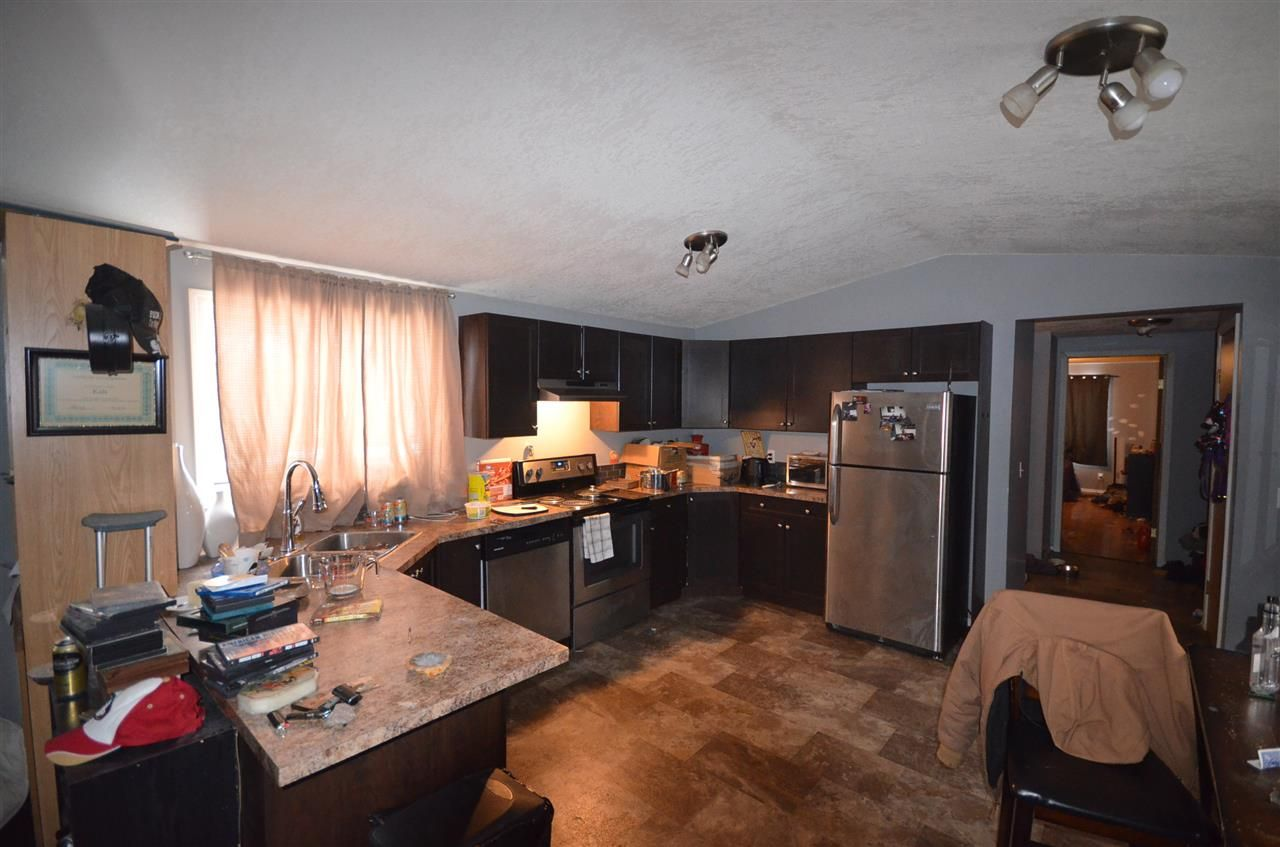 Photo 7: Photos: 10523 101 Street: Taylor Manufactured Home for sale (Fort St. John (Zone 60))  : MLS®# R2517139