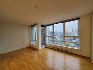 "Photo 6: 2506 939 EXPO Boulevard in Vancouver: Yaletown Condo for sale in ""Max II"" (Vancouver West)  : MLS®# R2575911"