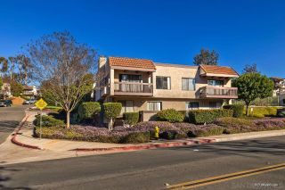 Photo 4: SAN DIEGO Townhouse for sale : 4 bedrooms : 6643 Reservoir Ln