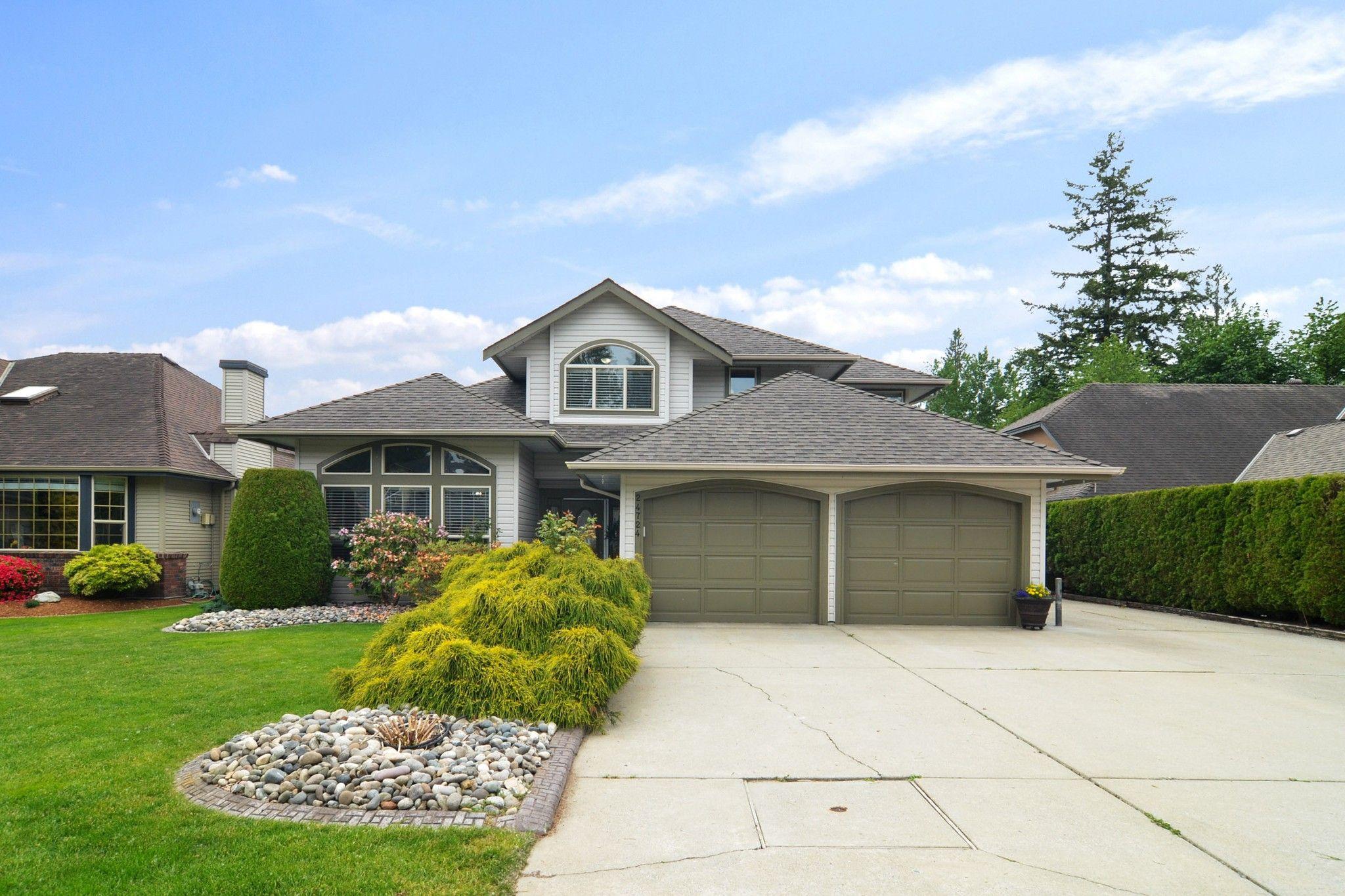"Main Photo: 24724 122A Avenue in Maple Ridge: Websters Corners House for sale in ""GARIBALDI"" : MLS®# R2587752"