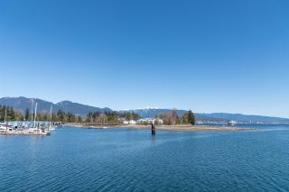 """Photo 24: 2701 1331 W GEORGIA Street in Vancouver: Coal Harbour Condo for sale in """"The Pointe"""" (Vancouver West)  : MLS®# R2571551"""