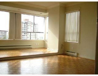 """Photo 9: 701 2150 W 40TH Avenue in Vancouver: Kerrisdale Condo for sale in """"THE WEDGEWOOD"""" (Vancouver West)  : MLS®# V673572"""