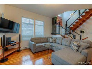 Photo 3: 934 Green St in VICTORIA: Vi Central Park House for sale (Victoria)  : MLS®# 750430