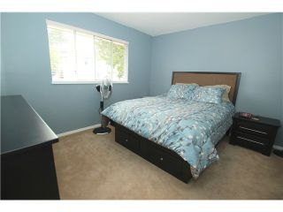 """Photo 9: 6017 189TH Street in Surrey: Cloverdale BC House for sale in """"CLOVERHILL"""" (Cloverdale)  : MLS®# F1423444"""