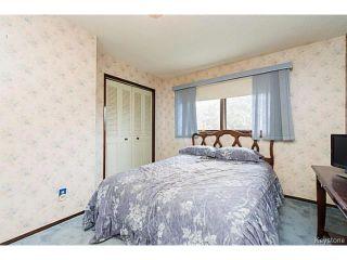 Photo 9: 5 McMurray Bay in WINNIPEG: St Vital Residential for sale (South East Winnipeg)  : MLS®# 1417818