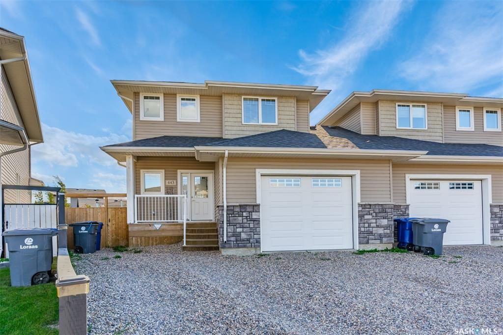 Main Photo: 443 Redwood Crescent in Warman: Residential for sale : MLS®# SK870583