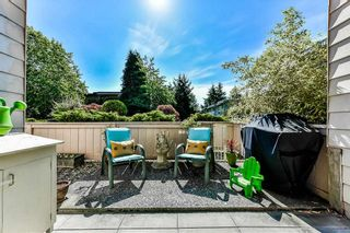 """Photo 14: 115 1442 BLACKWOOD Street: White Rock Condo for sale in """"Blackwood Manor"""" (South Surrey White Rock)  : MLS®# R2433629"""