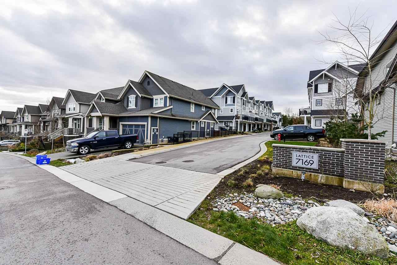 """Main Photo: 31 7169 208A Street in Langley: Willoughby Heights Townhouse for sale in """"LATTICE"""" : MLS®# R2584864"""