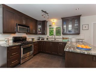 """Photo 7: 12659 25TH Avenue in Surrey: Crescent Bch Ocean Pk. House for sale in """"CRESCENT HEIGHTS"""" (South Surrey White Rock)  : MLS®# R2164824"""