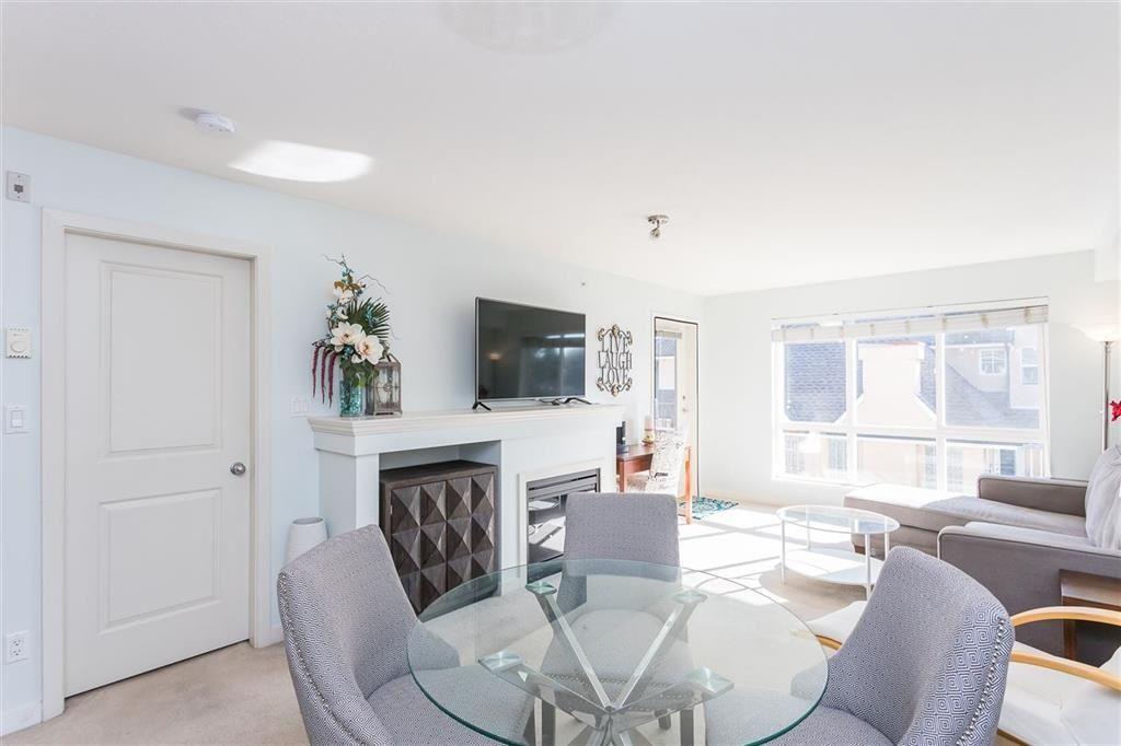 "Main Photo: 403 1576 GRANT Avenue in Port Coquitlam: Glenwood PQ Condo for sale in ""THE BROWNSTONE"" : MLS®# R2450560"