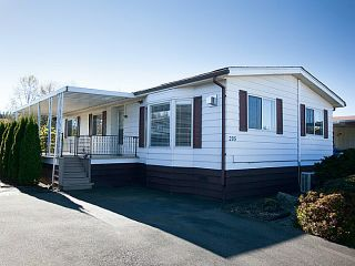 """Photo 1: # 205 3665 244 ST in Langley: Otter District Manufactured Home for sale in """"Langley Grove"""" : MLS®# F1323589"""