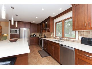 Photo 10: 23864 64 Avenue in Langley: Salmon River House for sale : MLS®# R2356393