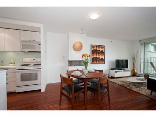 "Photo 8: 318 328 E 11TH Avenue in Vancouver: Mount Pleasant VE Condo for sale in ""Uno"" (Vancouver East)  : MLS®# V1061290"