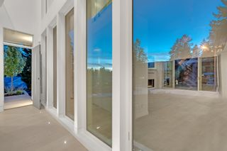 Photo 9: 4500 CANTERBURY Crescent in North Vancouver: Forest Hills NV House for sale : MLS®# R2614896