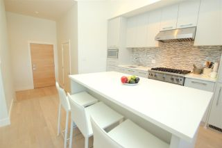 """Photo 8: 102 4355 W 10TH Avenue in Vancouver: Point Grey Condo for sale in """"IRON & WHYTE"""" (Vancouver West)  : MLS®# R2112416"""