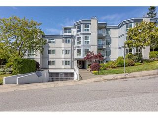 """Photo 1: 101 15941 MARINE Drive: White Rock Condo for sale in """"The Heritage"""" (South Surrey White Rock)  : MLS®# R2591259"""