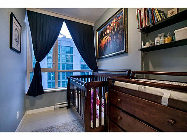 """Photo 11: Photos: 1808 821 CAMBIE Street in Vancouver: Downtown VW Condo for sale in """"RAFFLES ON ROBSON"""" (Vancouver West)  : MLS®# V1125986"""