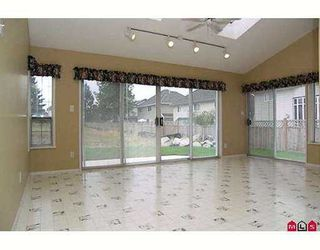 """Photo 3: 18312 67TH AV in Surrey: Cloverdale BC House for sale in """"CLAYTON"""" (Cloverdale)  : MLS®# F2618763"""