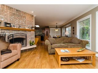 """Photo 12: 2977 NORTHCREST Drive in Surrey: Elgin Chantrell House for sale in """"Elgin Park Estates"""" (South Surrey White Rock)  : MLS®# F1418044"""