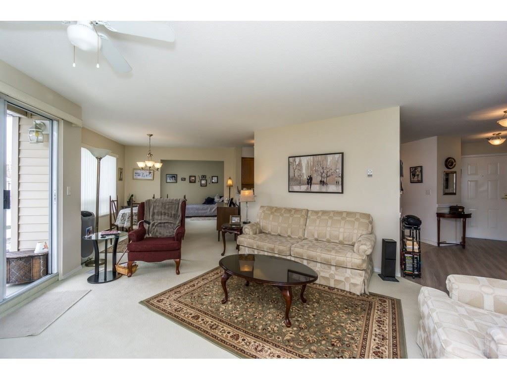 Main Photo: 207 9295 122 STREET in : Queen Mary Park Surrey Condo for sale : MLS®# R2248101