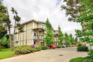 Photo 2: 111 2889 Carlow Rd in VICTORIA: La Langford Proper Row/Townhouse for sale (Langford)  : MLS®# 787688