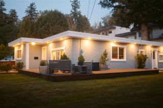 Photo 1: 34012 OXFORD Avenue in Abbotsford: Central Abbotsford House for sale : MLS®# R2489416