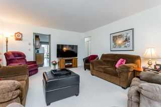 """Photo 15: 250 32691 GARIBALDI Drive in Abbotsford: Abbotsford West Townhouse for sale in """"Carriage Lane"""" : MLS®# R2262736"""