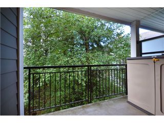 """Photo 10: 319 6888 SOUTHPOINT Drive in Burnaby: South Slope Condo for sale in """"CORTINA"""" (Burnaby South)  : MLS®# V980597"""