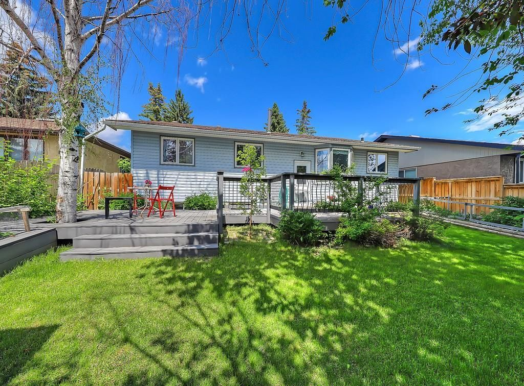 Photo 29: Photos: 7607 68 Avenue NW in Calgary: Silver Springs Detached for sale : MLS®# A1024824