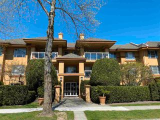 "Photo 2: 205 15185 22 Avenue in Surrey: Sunnyside Park Surrey Condo for sale in ""Villa Pacific"" (South Surrey White Rock)  : MLS®# R2567202"