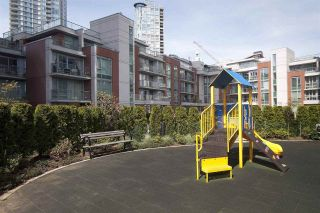 """Photo 20: 2207 58 KEEFER Place in Vancouver: Downtown VW Condo for sale in """"Firenze"""" (Vancouver West)  : MLS®# R2581029"""