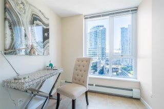 Photo 4: 1708 689 ABBOTT Street in Vancouver: Downtown VW Condo for sale (Vancouver West)  : MLS®# R2060973