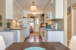 """Photo 9: 1012 IRONWORK Passage in Vancouver: False Creek Townhouse for sale in """"MARINE MEWS"""" (Vancouver West)  : MLS®# R2207669"""