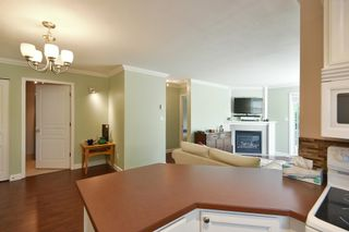 Photo 2: 2 689 PARK Road in Gibsons: Gibsons & Area Condo for sale (Sunshine Coast)  : MLS®# R2607792