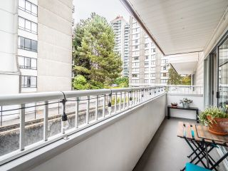 """Photo 19: 208 707 EIGHTH Street in New Westminster: Uptown NW Condo for sale in """"THE DIPLOMAT"""" : MLS®# R2625783"""