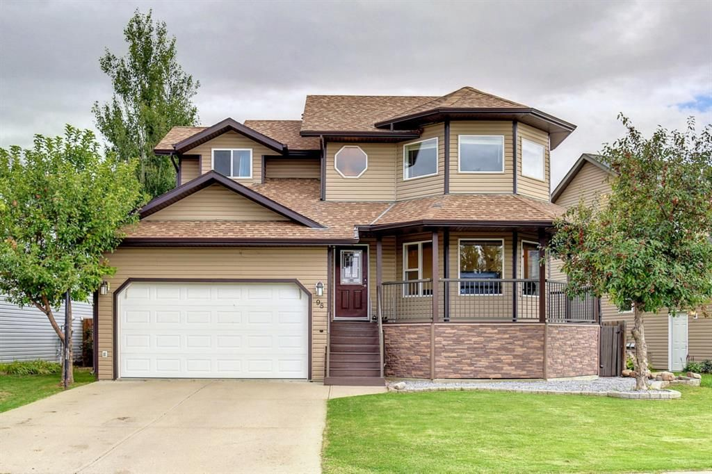 Main Photo: 98 UPLAND Road W: Brooks Detached for sale : MLS®# A1147628