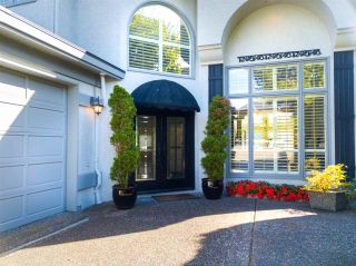Photo 2: 13419 MARINE Drive in Surrey: Crescent Bch Ocean Pk. House for sale (South Surrey White Rock)  : MLS®# R2492166