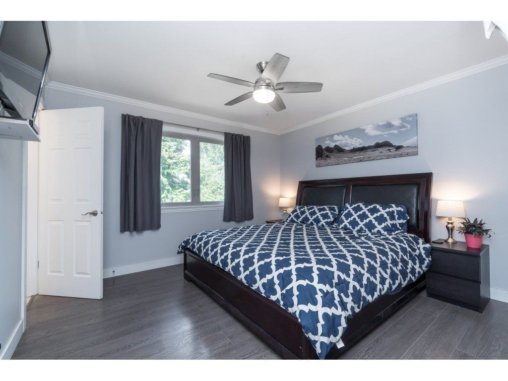 """Photo 12: Photos: 2669 VALEMONT Crescent in Abbotsford: Abbotsford West House for sale in """"West Clearbrook"""" : MLS®# R2460646"""