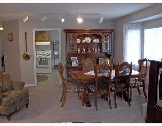 """Photo 3: 2 11502 BURNETT Street in Maple_Ridge: East Central Townhouse for sale in """"TELOSKY VILLAGE"""" (Maple Ridge)  : MLS®# V664568"""