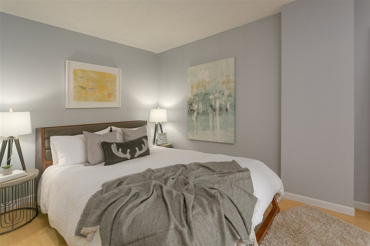 """Photo 8: Photos: 106 2428 W 1ST Avenue in Vancouver: Kitsilano Condo for sale in """"Noble House"""" (Vancouver West)  : MLS®# R2212887"""