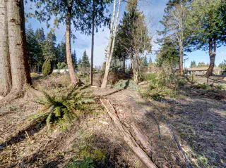 """Photo 32: 8089 REDROOFFS Road in Halfmoon Bay: Halfmn Bay Secret Cv Redroofs House for sale in """"WELCOME WOODS"""" (Sunshine Coast)  : MLS®# R2563771"""
