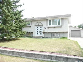 Main Photo: 87 Tremaine Avenue in Regina: Walsh Acres Residential for sale : MLS®# SK864125