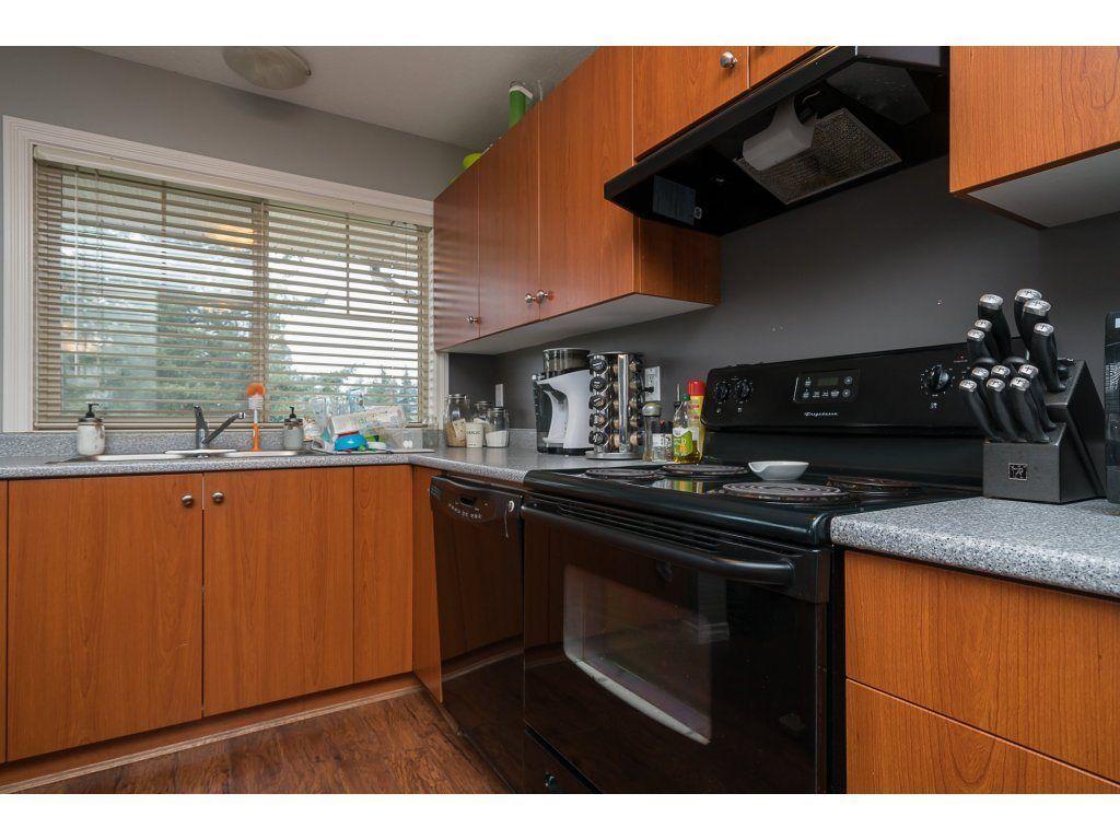 Photo 13: Photos: 404 32063 MT WADDINGTON AVENUE in Abbotsford: Abbotsford West Condo for sale : MLS®# R2159097