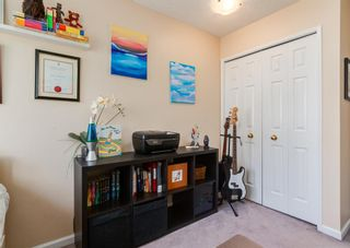 Photo 31: 19 Coachway Green SW in Calgary: Coach Hill Row/Townhouse for sale : MLS®# A1144999