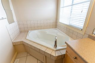 Photo 22: 628 61 Street in Edmonton: Zone 53 House for sale : MLS®# E4239867