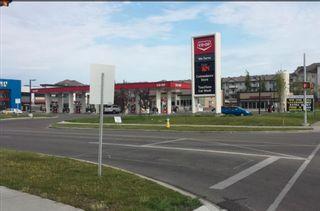 Photo 2: 937 WILDWOOD Way in Edmonton: Zone 30 House for sale : MLS®# E4262376