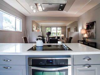 Photo 8: 2058 W 13TH AV in Vancouver: Kitsilano Condo for sale (Vancouver West)  : MLS®# V1076372