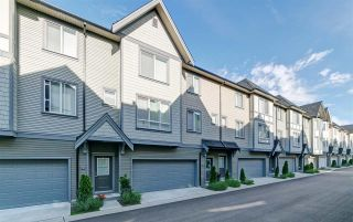 """Photo 1: 89 8138 204 Street in Langley: Willoughby Heights Townhouse for sale in """"Ashbury and Oak by Polygon"""" : MLS®# R2434311"""