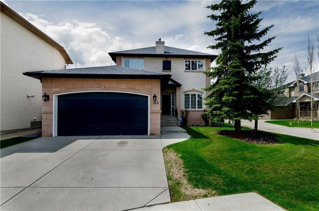 Main Photo: 242 STRATHRIDGE Place SW in Calgary: Strathcona Park Detached for sale : MLS®# C4246259