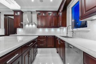 Photo 13: 4910 BLENHEIM Street in West Vancouver: MacKenzie Heights House for sale (Vancouver West)  : MLS®# R2538623